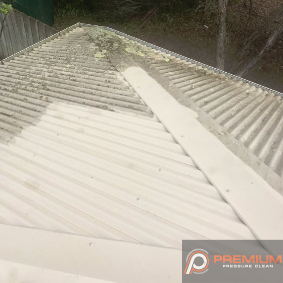 High Pressure Roof Washing In Geelong
